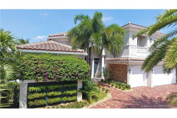 Home for Sale at 611  Sweet Bay Ave, Plantation FL 33324
