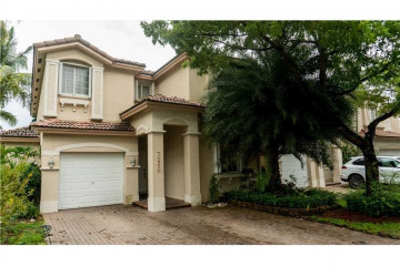 Home for Sale at 7269 NW 113th Ct, Doral FL 33178
