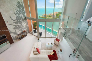 Home for Sale at 300 S Pointe Dr #LP4004, Miami Beach FL 33139
