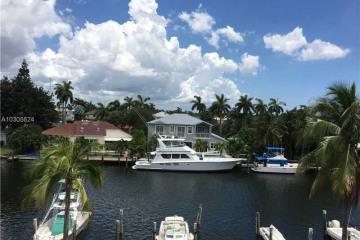 Home for Sale at 1731 SE 15 Street #414, Fort Lauderdale FL 33316