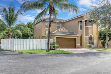 Home for Sale at 3721 SW 49 St, Fort Lauderdale FL 33312