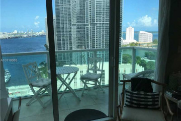 Home for Sale at 31 SE 5 St #2808, Miami FL 33131