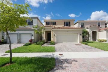 Home for Sale at 808 NE 193rd Ter, Miami FL 33179