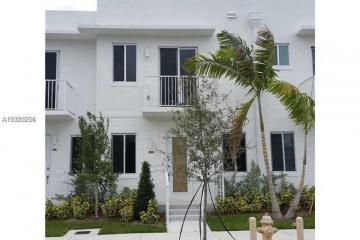 Home for Sale at 2630 NE 213th St #106, Aventura FL 33180