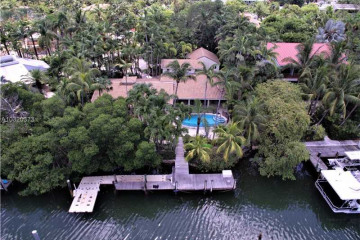 Home for Sale at 640 Sunset Cir, Key Biscayne FL 33149