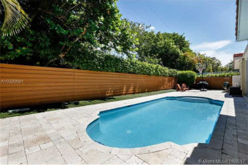 Home for Sale at 385 W Heather Dr, Key Biscayne FL 33149