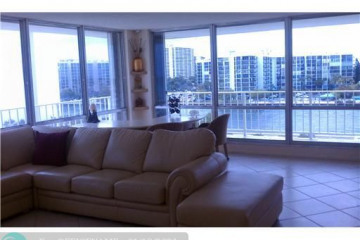 Home for Sale at 2751 S Ocean Dr #608, Hollywood FL 33019