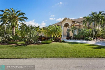 Home for Sale at 432 Holly Ln, Plantation FL 33317