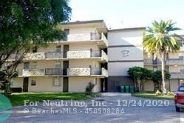 Home for Sale at 5275 NW 10th Ct #302, Plantation FL 33313