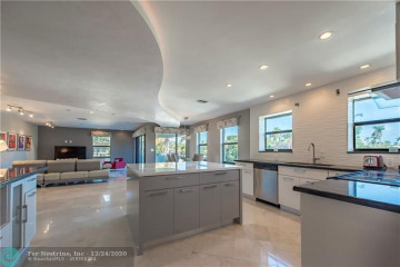 Home for Sale at 76 Isle Of Venice Dr, Fort Lauderdale FL 33301
