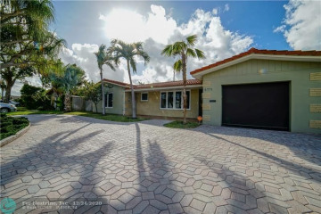 Home for Sale at 5771 NE 19th Ter, Fort Lauderdale FL 33308