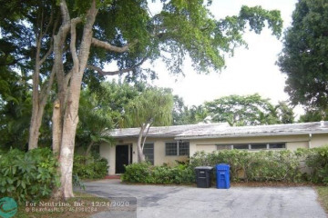 Home for Sale at 2700 NE 29th St, Fort Lauderdale FL 33306