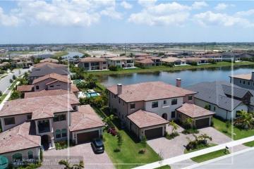 Home for Sale at 9080 Vista Way, Parkland FL 33076