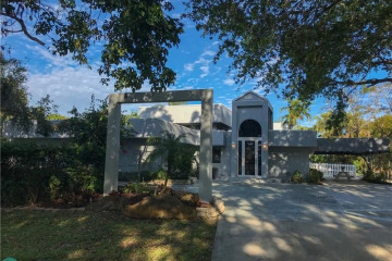 Home for Sale at 2280 SW 154 Ave, Davie FL 33326