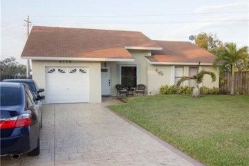 Home for Sale at 4530 NW 94th Ter, Sunrise FL 33351