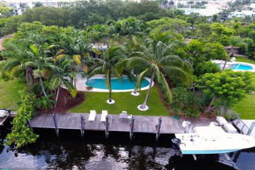 Home for Sale at 207 N Gordon Rd, Fort Lauderdale FL 33301