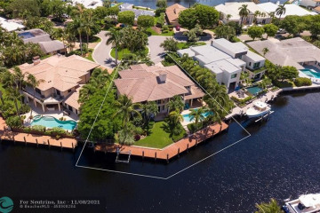 Home for Sale at 41 Compass Ln, Fort Lauderdale FL 33308
