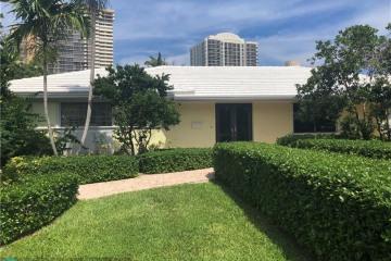 Home for Sale at 65 Castle Harbor Is, Fort Lauderdale FL 33308