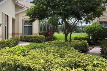 Home for Rent at 604 W Palm Aire Dr, Pompano Beach FL 33069