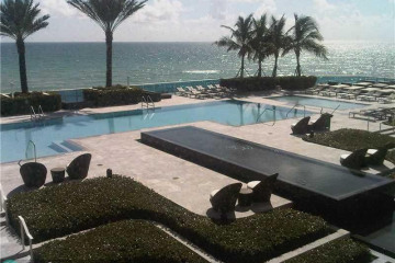 Home for Sale at 2711 S Ocean Dr #3803, Hollywood FL 33019