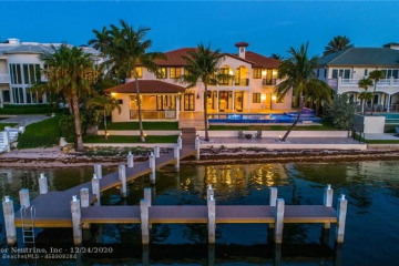 Home for Sale at 3750 NE 31st Ave, Lighthouse Point FL 33064