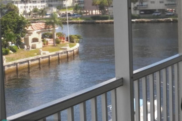 Home for Sale at 3180 NE 48th Ct #315, Lighthouse Point FL 33064