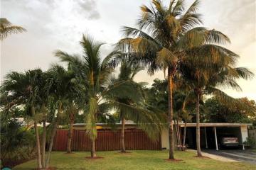 Home for Rent at 2030 NE 30 Street, Fort Lauderdale FL 33306