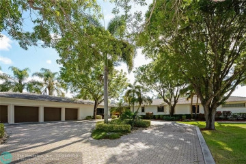 Home for Sale at 7600 NW 84th Ave, Parkland FL 33067