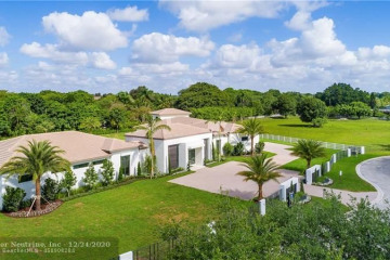 Home for Sale at 5781 SW 128th Ave, Southwest Ranches FL 33330