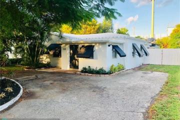 Home for Sale at 411 NE 18th Ave, Pompano Beach FL 33060