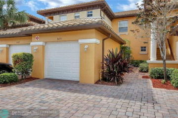 Home for Sale at 8251 NW 128th Ln #19-B, Parkland FL 33076