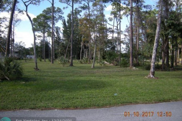 Home for Sale at 6285 NW 65, Parkland FL 33067