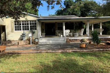Home for Rent at 216 Bayberry Dr, Plantation FL 33317