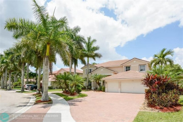 Home for Rent at 914 Marina Dr, Weston FL 33327
