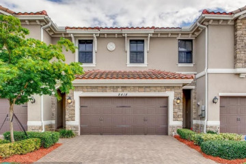 Home for Sale at 8418 Lakeview Trl #3614, Parkland FL 33076