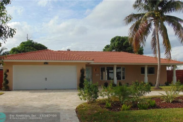 Home for Rent at 4851 NE 28th Ave, Fort Lauderdale FL 33308