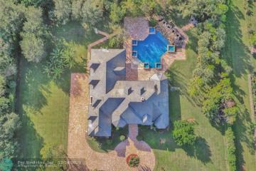Home for Rent at 6620 Holmberg Rd, Parkland FL 33067