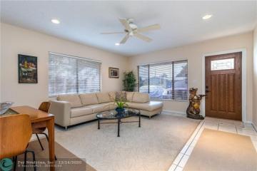 Home for Sale at 820 NE 10 Ave., Pompano Beach FL 33060