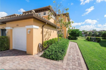 Home for Sale at 8246 NW 127th Ln #29-C, Parkland FL 33076