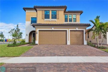 Home for Rent at 11775 E Bayview Cir, Parkland FL 33076