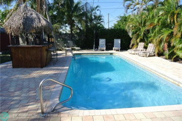 Home for Sale at 4221 NE 11th Ter, Pompano Beach FL 33064