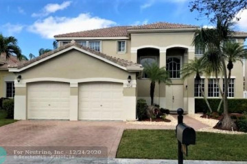 Home for Rent at 704 Heritage Way, Weston FL 33326