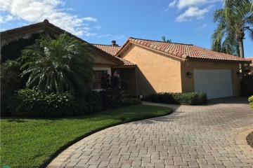 Home for Rent at 9620 NW 10th Pl, Plantation FL 33322