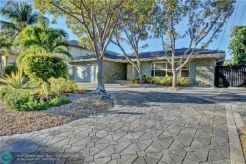 Home for Rent at 2427 Sea Island Dr, Fort Lauderdale FL 33301