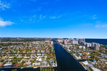 Home for Sale at 2894 NE 26th St, Fort Lauderdale FL 33305