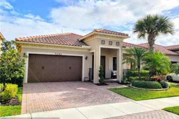 Home for Sale at 7585 NW 111th Mnr, Parkland FL 33076