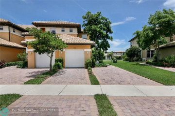Home for Sale at 8302 NW 127th Ln, Parkland FL 33076