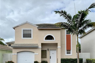 Home for Sale at 9858 NW 2nd St, Plantation FL 33324