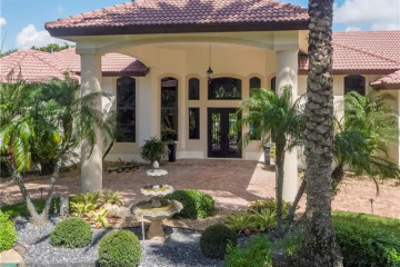 Home for Sale at 6700 Yellowstone Ln, Parkland FL 33067