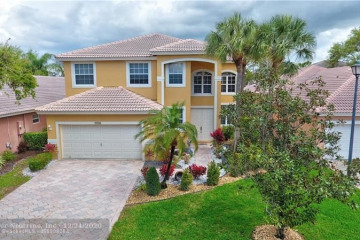 Home for Sale at 7766 NW 60th Ln, Parkland FL 33067